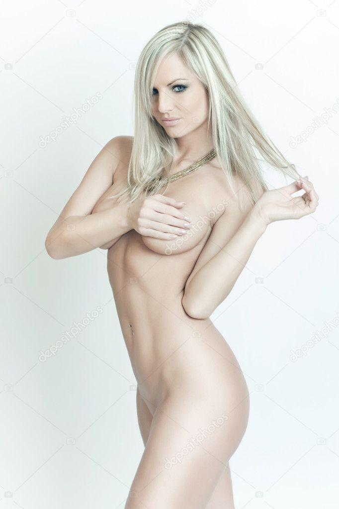 Nackte schöne Frauen Videos